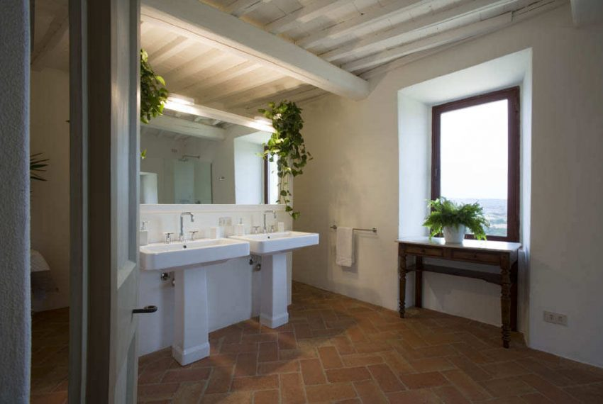 bathroom-room-2