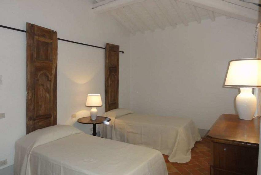 room-3-twin-bedroom-1st-floor-