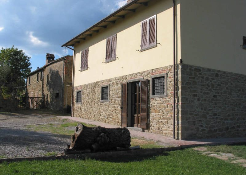 Farm-For-Sale-in-italy0007-1