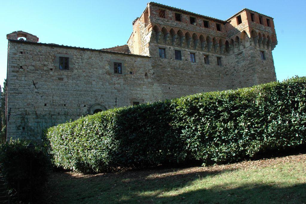 Soggiorno in case coloniche sulle colline toscane for Soggiorno in castello