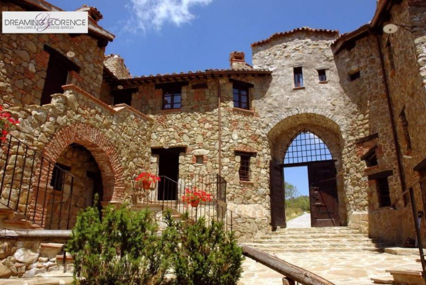 umbria-hamlet-for-sale-5101