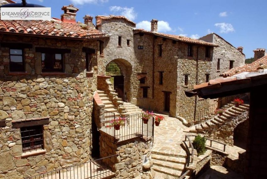 umbria-hotel-apartments-sale-5102