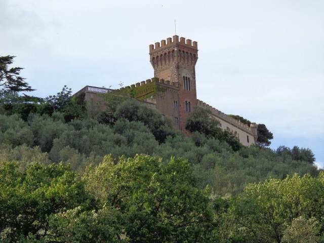 Castles and luxury residences in Tuscany