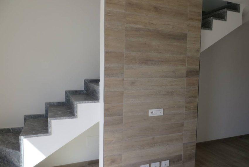 scala e parete TV